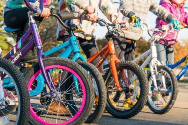 kids14FF216F-AF07-9DDC-3AD4-58EF3B8B8028.jpg